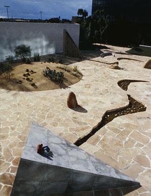 Isamu Noguchi S California Scenario Garden The Dirt
