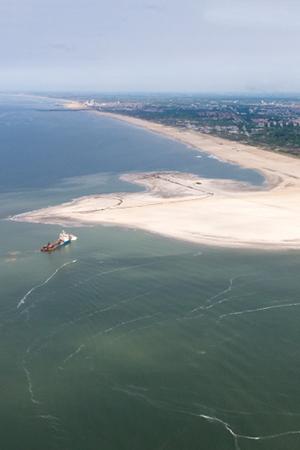 Zandmotor vlucht-11 09-05-2011 foto: Rijkswaterstaat/Joop van Houdt