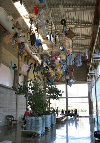 Landfill art in the environmental education center / Yoshi Silverstein