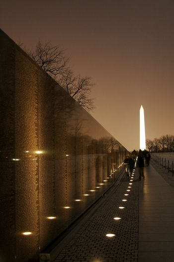 350px-East_Wall_Vietnam_Memorial_VDay