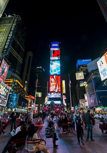 Times Square Night / Wikipedia