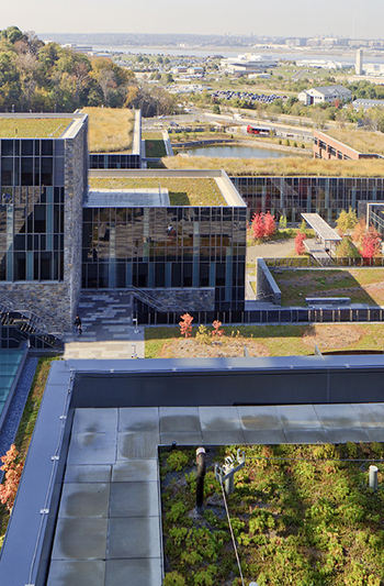 U.S. Coast Guard Headquarters / Taylor Lednum/GSA