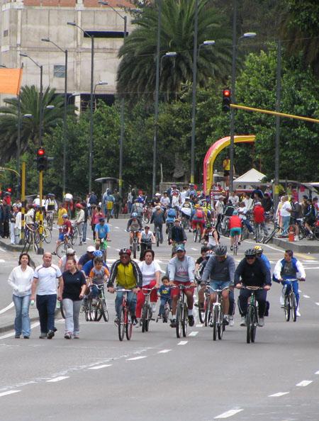 Ciclovia, Bogota / Colombia government