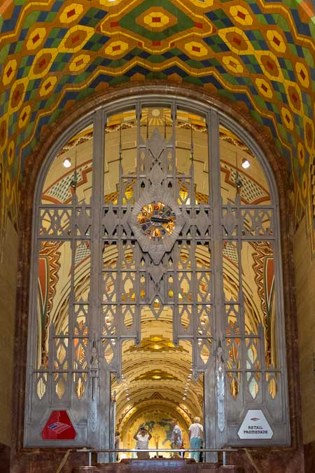 Guardian building, Detroit / Wikipedia