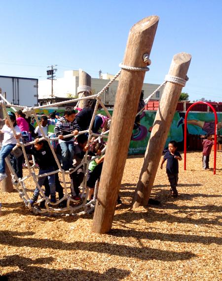 Harbor 8 Park playground / Pogo Park