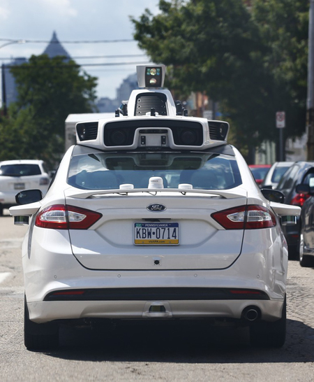 Self-driving Uber in Pittsburgh / The Washington Post