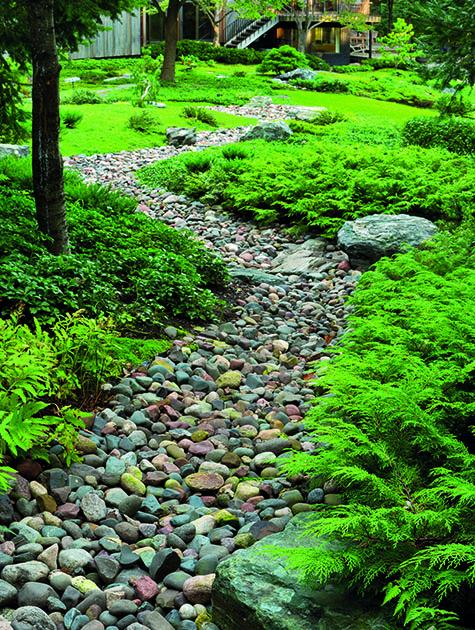 Hoeschler Garden Stone Stream & Home Fall